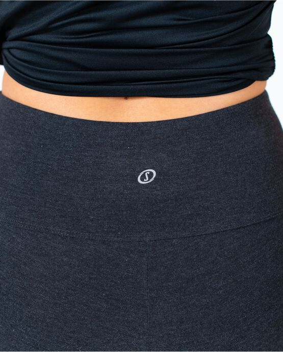 """Women's 19"""" Capri Legging with Pockets Charcoal Heather Small CHARCOAL HEATHER"""